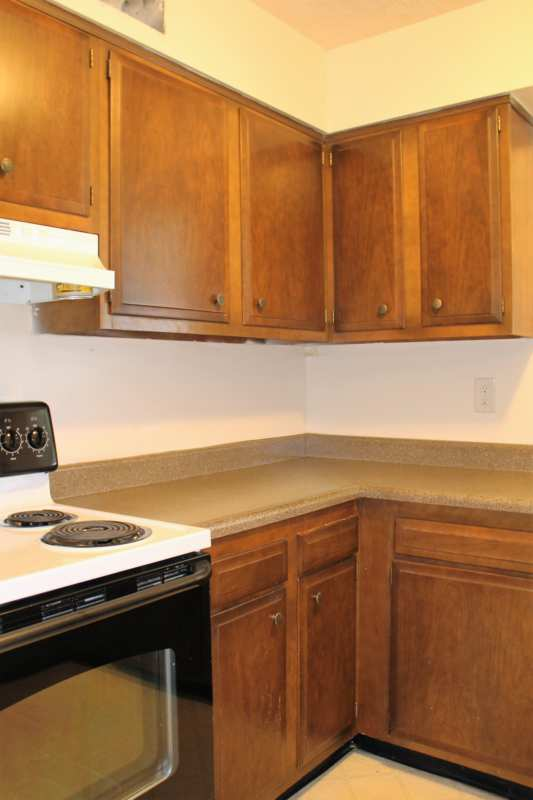 Del.rio.2bedroom.apartment.kitchen.range