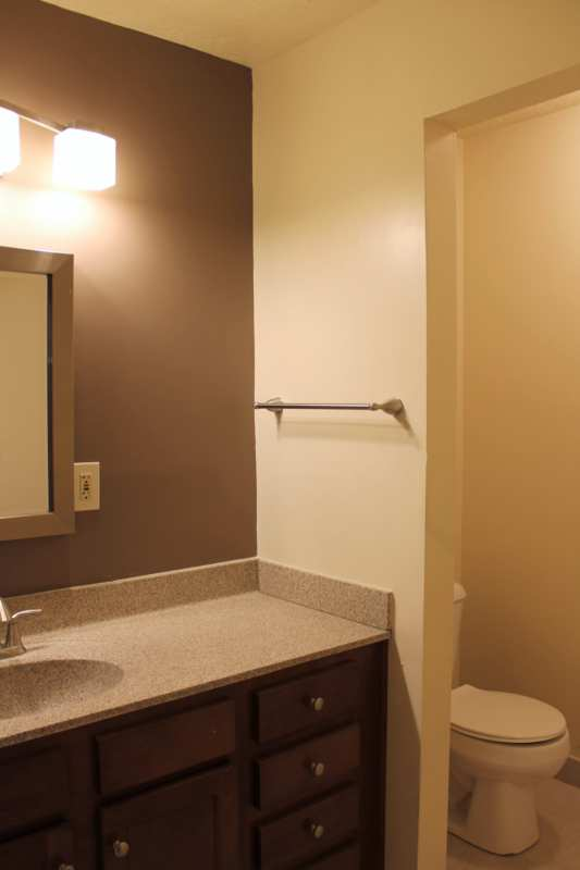 Highlands.st.francis.apartment.renovated.bathroom.big