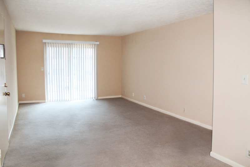 Highlands.st.francis.apartment.renovated.living.area