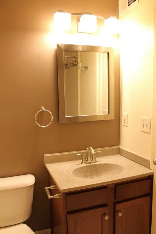 Highlands.st.francis.apartment.renovated.master.bath