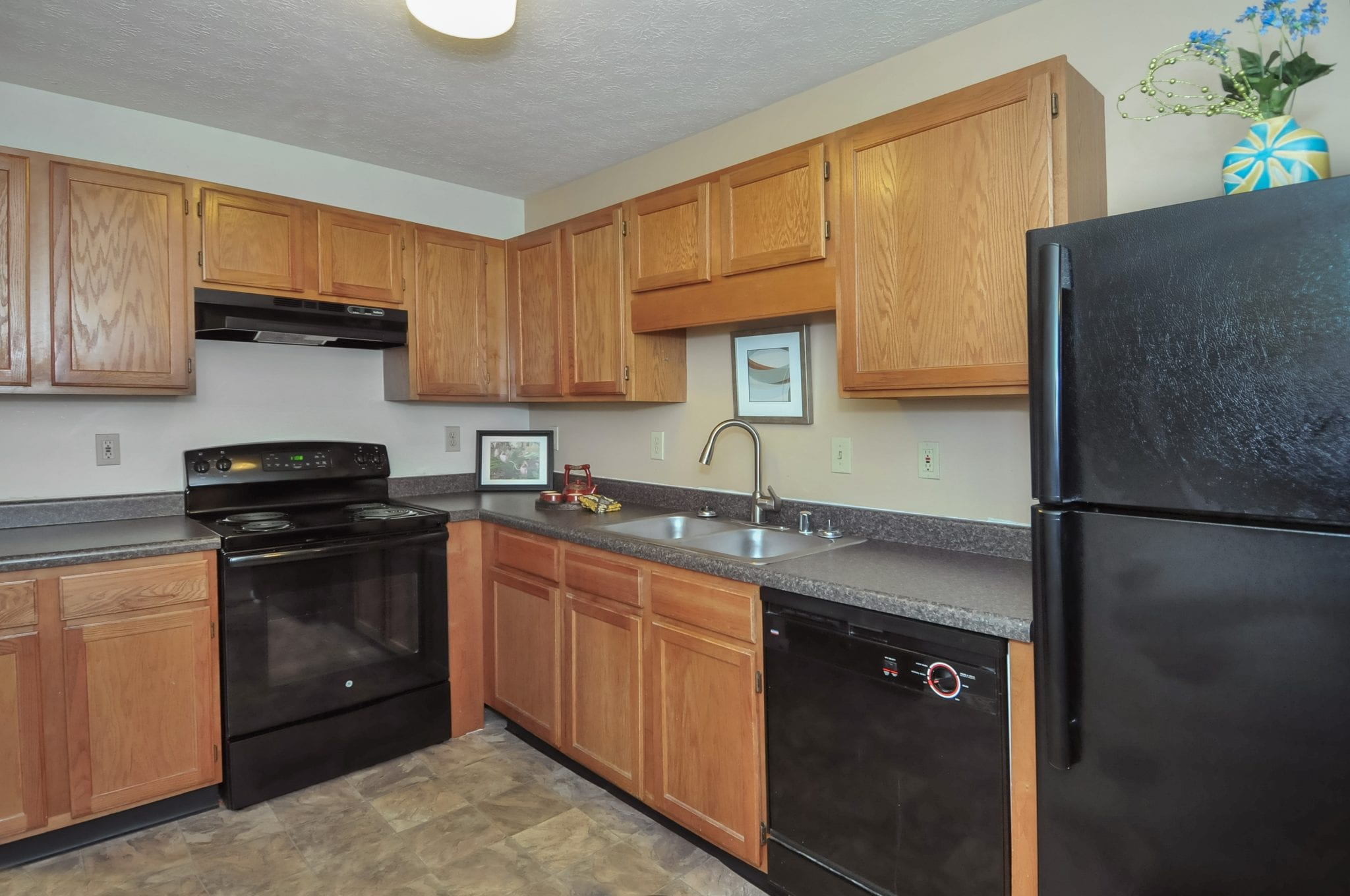 Renovated kitchen with new appliances!